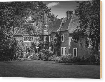 Wood Print featuring the photograph The House At Beech Court Gardens by Ryan Photography