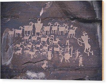 The Hunt Scene- Ancient Pueblo-anasazi Wood Print by Ira Block