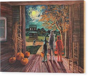The Intruder Wood Print by Randy Burns