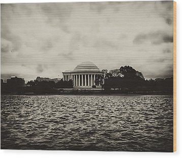 The Jefferson Memorial Wood Print by Bill Cannon