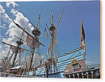 Wood Print featuring the photograph The Kalmar Nyckel - Delaware by Brendan Reals