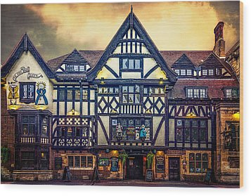 Wood Print featuring the photograph The King And Queen by Chris Lord