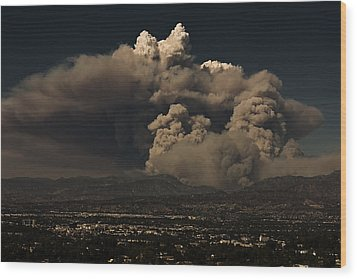 Wood Print featuring the photograph The Light At The Top Of The Smoke Cloud by Ron Dubin