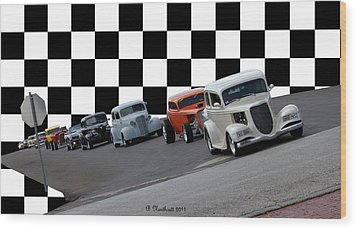 The Line-up Wood Print by Betty Northcutt