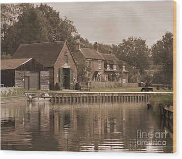 The Lock Keeper's Cottage Wood Print by Terri Waters