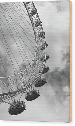 Wood Print featuring the photograph The London Eye, London, England by Richard Goodrich