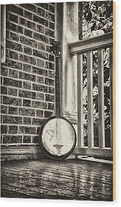 The Lonely Banjo Wood Print by Bill Cannon