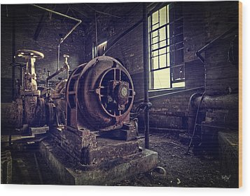 The Machine Wood Print by Everet Regal