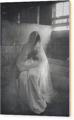 The Manger, By Gertrude Kasebier, Shows Wood Print by Everett
