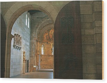 An Early Morning At The Medieval Abbey Wood Print by Yvonne Wright