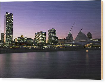 The Milwaukee Skyline At Twilight Wood Print by Medford Taylor