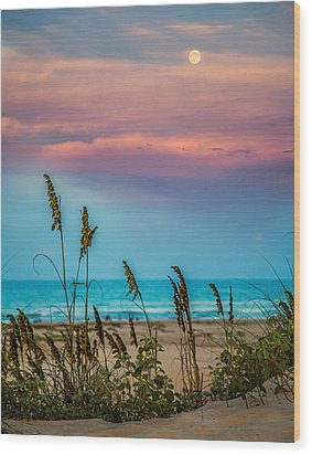 The Moon And The Sunset At South Padre Island 11 By 14 Crop Wood Print