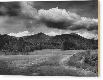 The Mountains Of Western North Carolina In Black And White Wood Print by Greg Mimbs