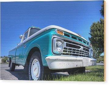 The Old Ford Wood Print by Steve Gravano
