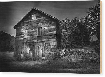 Wood Print featuring the photograph The Old Place by Marvin Spates