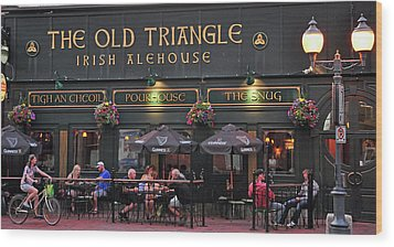 The Old Triangle Alehouse Wood Print