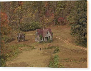 The Oldest House In North Carolina Wood Print by Sharon Batdorf