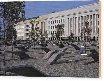 The Pentagon Memorial Honoring The 184 Wood Print by Everett