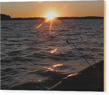 Wood Print featuring the photograph The Perfect Ending - After A Good Day Of Fishing by Angie Rea