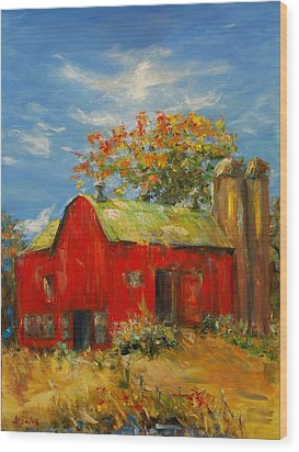 The Porter Barn In Red  Wood Print by Ann Bailey
