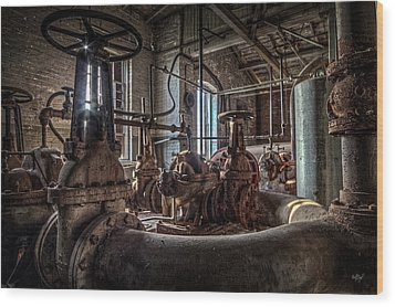 The Pumphouse Wood Print by Everet Regal