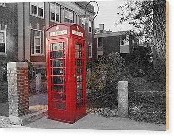 The Red Phonebooth Wood Print by Lois Lepisto