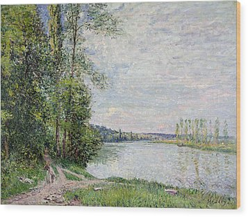 The Riverside Road From Veneux To Thomery Wood Print by Alfred Sisley