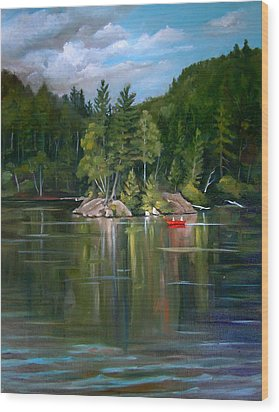 The Rock On Mirror In Woodstock New Hampshire Wood Print