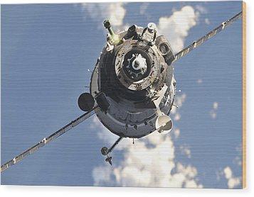 The Soyuz Tma-20 Spacecraft Wood Print by Stocktrek Images