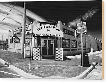 The Stone Pony Wood Print by John Rizzuto