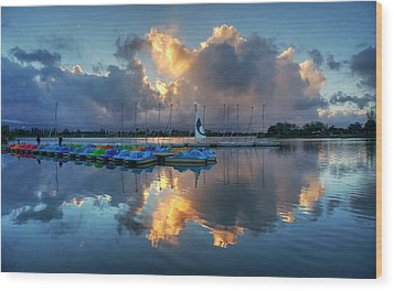 Wood Print featuring the photograph The Sun Settles At The Shoreline by Peter Thoeny