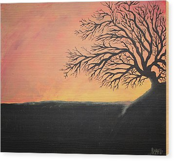 The Sun Was Set Wood Print by Antonio Romero