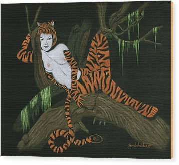 The Tigress Wood Print by Diane Bombshelter