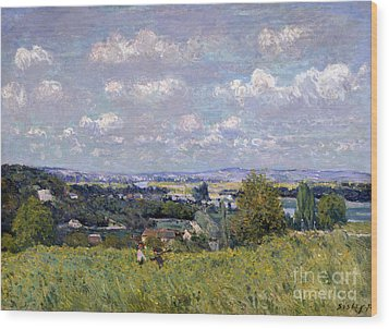 The Valley Of The Seine At Saint Cloud Wood Print by Alfred Sisley