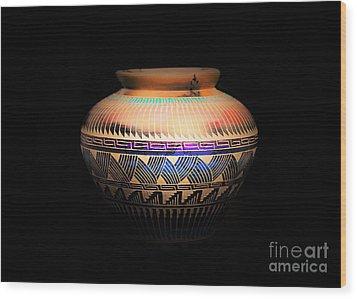 The Vase Of Joy Wood Print by Ray Shrewsberry