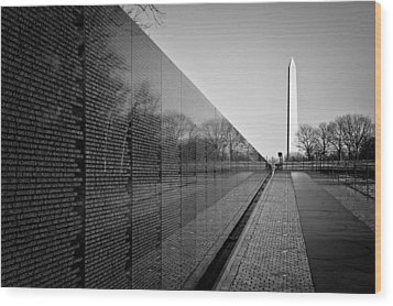 The Vietnam Veterans Memorial Washington Dc Wood Print by Ilker Goksen