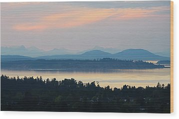The View From Mt. Tolmie Wood Print by Keith Boone
