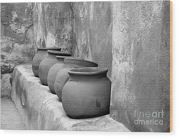 The Wall Of Pots Wood Print by Sandra Bronstein