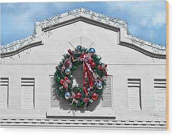 The Wreath Wood Print by Christopher Holmes