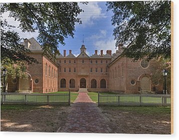 The Wren Building At William And Mary Wood Print