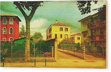 Wood Print featuring the photograph The Yellow House by Anne Kotan