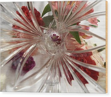 Think Outside The Vase #8801_0 Wood Print