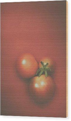Three Cherry Tomatoes Wood Print by Scott Norris