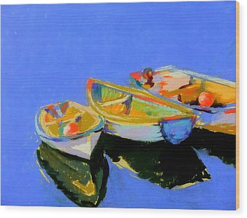 Three Colourful Boats Wood Print by Sue Gardner