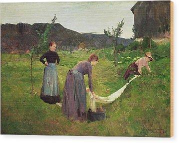 Three Ladies Washing Wood Print by Harriet Backer