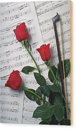 Three Red Roses  Wood Print by Garry Gay
