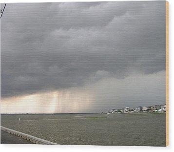 Thunder On The Bay Wood Print