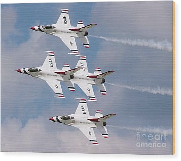 Thunderbird Diamond Formation Wood Print