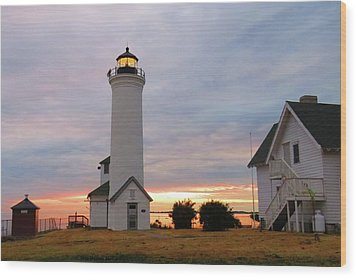 Tibbetts Point Lighthouse, July Sunset Wood Print