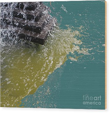 Wood Print featuring the photograph Tidal Stand Off by Bill Thomson